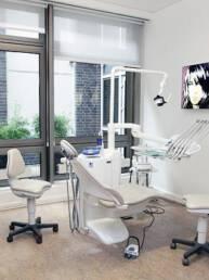 Berlindent Zahnarzt-Praxis Berlin Behandlungsraum